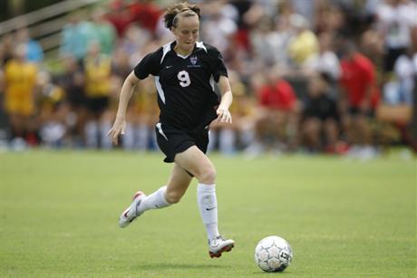 Women's Soccer Floods Riverhawks
