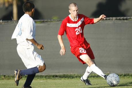 Men's Soccer Beats Lake Erie 3-1