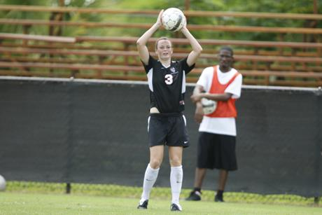 Women's Soccer Falls to Lynn