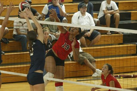 Volleyball Upends Knights