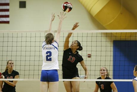 Women's Volleyball loses to #10 Florida Southern