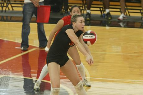 Volleyball Loses Five-Set Heartbreaker to Saint Leo