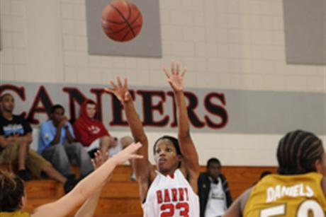 Women's Basketball Uses Strong Second half to Defeat Clayton State