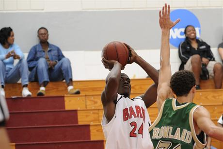 Men's Basketball Falls To Rollins