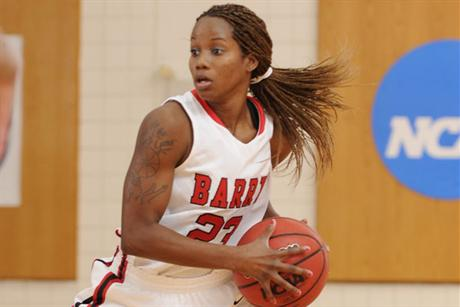 Women's Baskeball Drops a Close one to Saint Leo