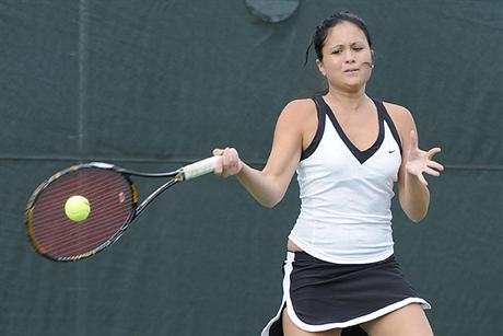 Women's Tennis Ravages D-I Terriers