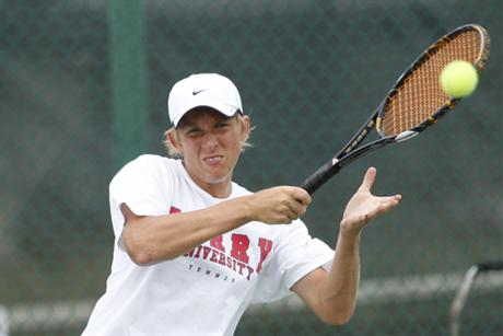 Men's Tennis Knocks off Saint Leo