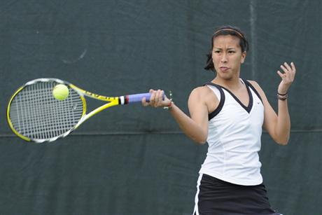 Women's Tennis Earns Big Win