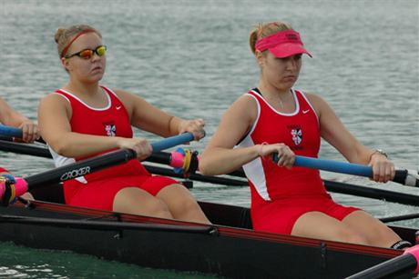Rowing Dominates Stetson Sprints