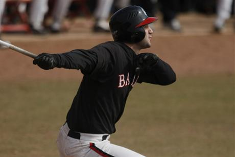 Baseball Thunders Way To Sweep Of Lynn