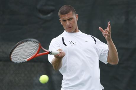 Men's Tennis Sinks Seahawks