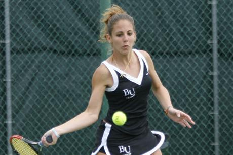 Women's Tennis Sinks Seahawks on Senior Day