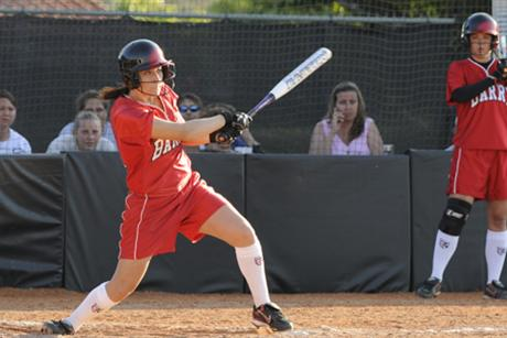 Softball Splits Doubleheader With Moccasins