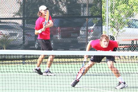 Men's Tennis Advances To Regional Final Over Saints