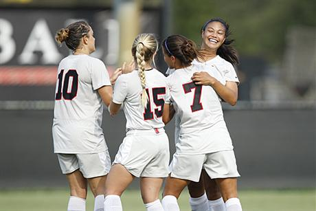 Women's Soccer Stops Spartans in Overtime