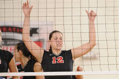 Volleyball Ends Regular Season With Loss To Tampa