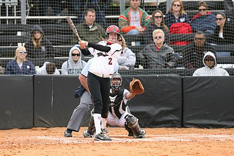 Softball Extends Winning Streak To Six Games