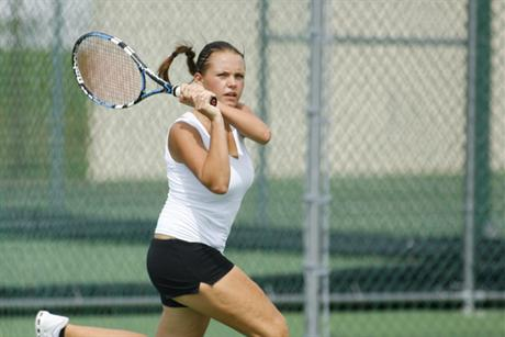 #9 Women's Tennis take #4 Blazers