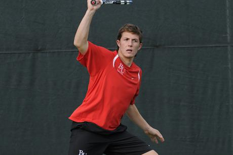 Men's Tennis Holds Off 4th-Ranked Blazers