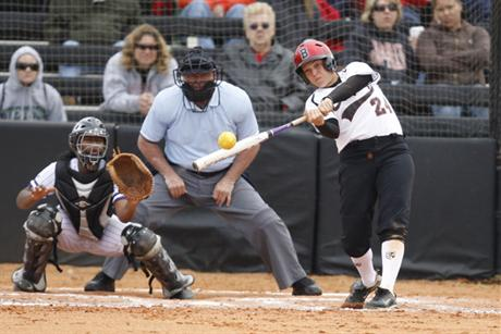 Softball Powers To Two Wins To Close Spring Break Trip