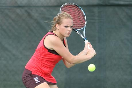 #5 Women's Tennis Drops First Match of the Year to #1 Armstrong