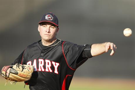 Baseball Splits Doubleheader With Saint Leo