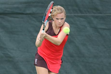Women's Tennis Rolls in SSC Tourney