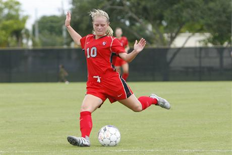Women's Soccer Rallys for Overtime Win Over North Alabama