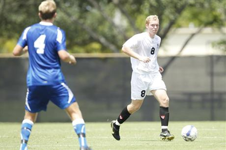 Men's Soccer Overwelms Sailfish With Second-Half Barrage
