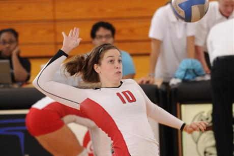 Volleyball Falls To Lynn