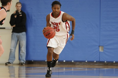 Women's Basketball Narrowly Falls To Florida Tech