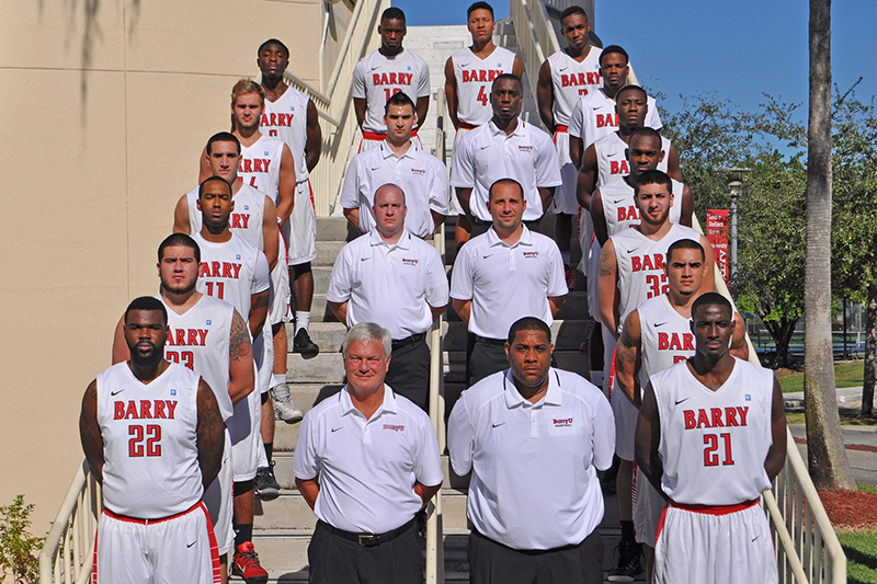 Men's Basketball Team Picture