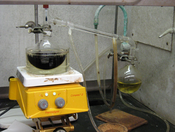 Distillation of propionic acid